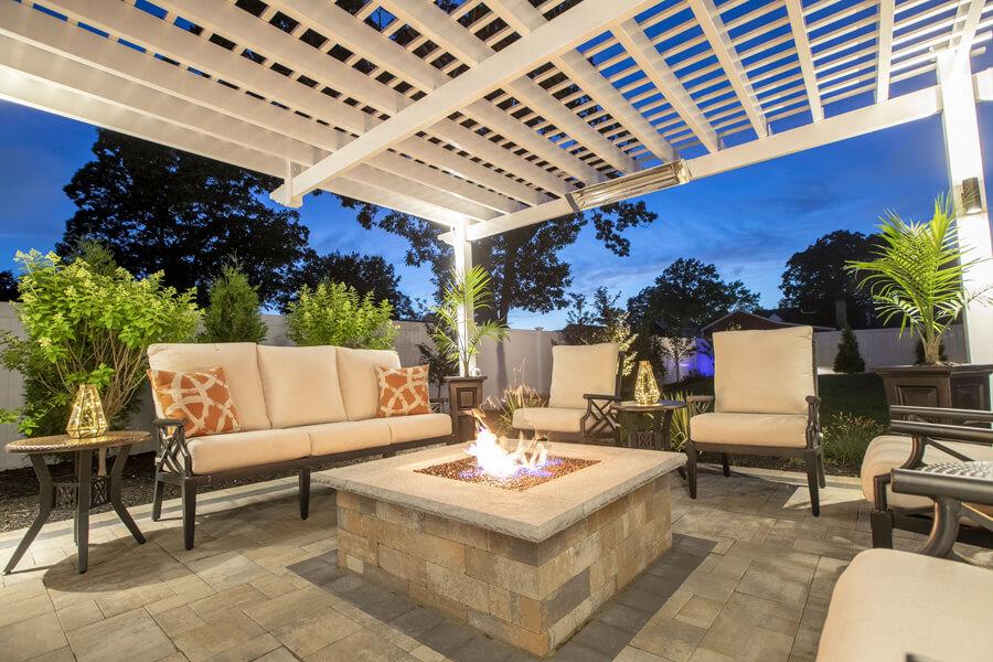 A firepit in a backyard patio