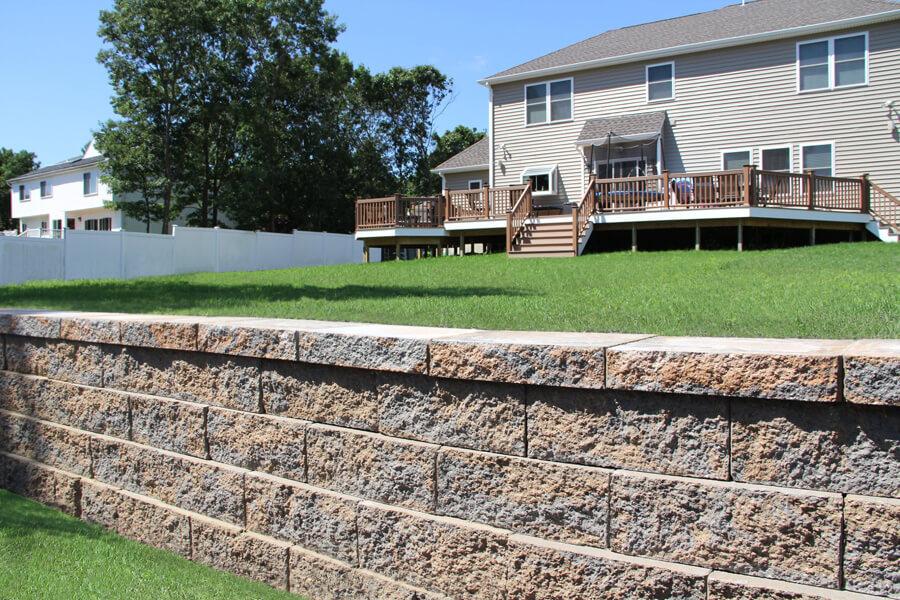 Nicolock retaining wall alta wall adobe blend