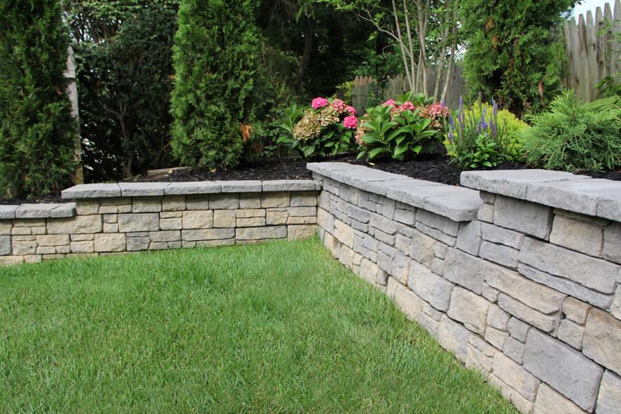 Nicolock retaining wall mountain block york blend
