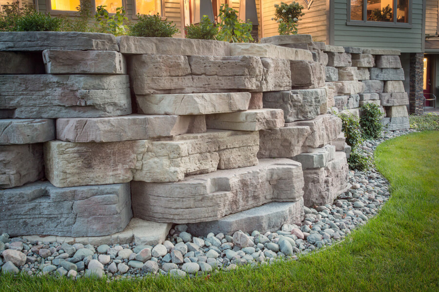 Nicolock retaining wall outcropping york brown